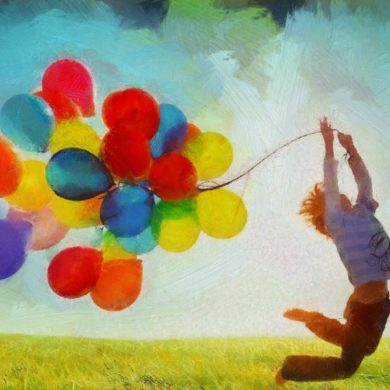 Kind mit vielen Luftballons in Natur